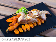 Купить «Teriyaki partridge with grilled carrots», фото № 28978903, снято 22 марта 2019 г. (c) Яков Филимонов / Фотобанк Лори