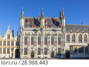 Купить «18th century Flemish Renaissance architecture on the buildings that were used for law courts and city council buildings, Burg, Bruges, Belgium.», фото № 28988443, снято 5 июля 2018 г. (c) age Fotostock / Фотобанк Лори