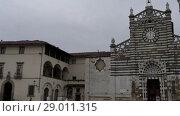 Купить «Prato Cathedral, Tuscany, Central Italy», видеоролик № 29011315, снято 23 ноября 2017 г. (c) BestPhotoStudio / Фотобанк Лори