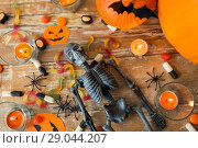 halloween decorations and candies wooden boards. Стоковое фото, фотограф Syda Productions / Фотобанк Лори