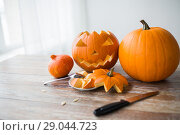 Купить «jack-o-lantern or carved halloween pumpkin», фото № 29044723, снято 15 сентября 2017 г. (c) Syda Productions / Фотобанк Лори