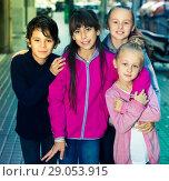Купить «Children play on street», фото № 29053915, снято 21 октября 2017 г. (c) Яков Филимонов / Фотобанк Лори