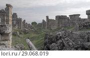 Купить «Ruins of Hierapolis in Pamukkale, Turkey», видеоролик № 29068019, снято 4 апреля 2020 г. (c) Данил Руденко / Фотобанк Лори