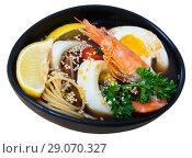 Купить «Spicy Pan-Asian soup», фото № 29070327, снято 19 сентября 2018 г. (c) Яков Филимонов / Фотобанк Лори