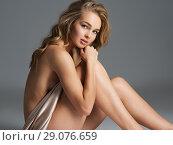 Купить «Sexy fit naked woman», фото № 29076659, снято 5 июля 2018 г. (c) Валуа Виталий / Фотобанк Лори