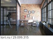 Купить «modern loft study interior.», фото № 29099315, снято 20 октября 2018 г. (c) Виктор Застольский / Фотобанк Лори