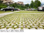 Купить «Eco parking in Italy», фото № 29103355, снято 12 июля 2018 г. (c) Юлия Кузнецова / Фотобанк Лори
