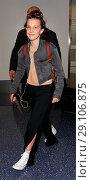 Купить «Millie Bobby Brown arrives at Los Angeles International Airport (LAX) Featuring: Millie Bobby Brown Where: Los Angeles, California, United States When: 08 May 2017 Credit: WENN.com», фото № 29106875, снято 8 мая 2017 г. (c) age Fotostock / Фотобанк Лори