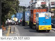 Купить «Traffic in Jakarta, Indonesia», фото № 29107683, снято 6 августа 2018 г. (c) age Fotostock / Фотобанк Лори
