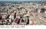 Купить «Aerial view of Lleida city with a apartment buildings and river, Spain», видеоролик № 29122759, снято 25 июля 2018 г. (c) Яков Филимонов / Фотобанк Лори