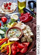 Купить «Vegetarian dip baba ganoush, vertical, close up», фото № 29128943, снято 30 августа 2018 г. (c) Oksana Zh / Фотобанк Лори