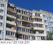 Купить «Девятиэтажный шестиподъездный панельный жилой дом, построен в 1989 году (Новомытищинский проспект, 1, корпус 1). Город Мытищи. Московская область», эксклюзивное фото № 29133231, снято 25 мая 2015 г. (c) lana1501 / Фотобанк Лори