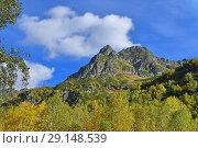 Купить «Россия. Осень в Архызских горах», фото № 29148539, снято 18 сентября 2018 г. (c) Овчинникова Ирина / Фотобанк Лори