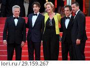 Купить «70th annual Cannes Film Festival - 'The Meyerowitz Stories' - Premiere Featuring: Dustin Hoffman, Emma Thompson, Ben Stiller, Adam Sandler, Noah B Where...», фото № 29159267, снято 21 мая 2017 г. (c) age Fotostock / Фотобанк Лори