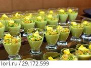 Купить «pistachio souffle with raisins in portion glasses», фото № 29172599, снято 7 апреля 2018 г. (c) Володина Ольга / Фотобанк Лори