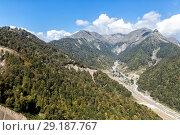 Купить «View of the Caucasus Mountains in a sunny day», фото № 29187767, снято 25 сентября 2015 г. (c) Евгений Ткачёв / Фотобанк Лори