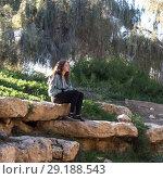 Купить «Tourist at Ben Gurion burial site, Ben Gurion Memorial, Sde Boker, Israel», фото № 29188543, снято 1 января 2017 г. (c) Ingram Publishing / Фотобанк Лори