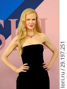 Купить «2017 CFDA Awards at Hammerstein Ballroom - Red Carpet Arrivals Featuring: Nicole Kidman Where: New York, New York, United States When: 06 Jun 2017 Credit: Ivan Nikolov/WENN.com», фото № 29197251, снято 6 июня 2017 г. (c) age Fotostock / Фотобанк Лори