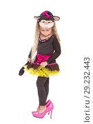 Купить «Cute little girl», фото № 29232443, снято 26 сентября 2015 г. (c) Сергей Сухоруков / Фотобанк Лори