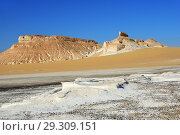 Aqabat mountains in Sahara, Egypt (2008 год). Стоковое фото, фотограф Знаменский Олег / Фотобанк Лори