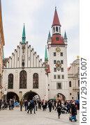 Купить «Late Gothic architecture, Old Town Hall and Talburgtor tower, oriel, historic centre, Munich, Upper Bavaria», фото № 29315007, снято 27 января 2018 г. (c) Николай Коржов / Фотобанк Лори