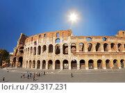 Купить «Tourists at the walls of the Colosseum in Rome, Italy», фото № 29317231, снято 8 сентября 2017 г. (c) Наталья Волкова / Фотобанк Лори