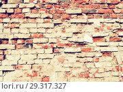 Купить «Stone texture background of wall with weathered red bricks», фото № 29317327, снято 2 мая 2018 г. (c) Зезелина Марина / Фотобанк Лори