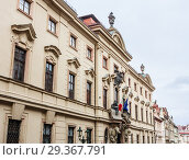 Thun-Hohenstein Palace (now Italian Embassy), Nerudova, Mala Strana (Little Quarter), Prague, Czech Republic (2018 год). Стоковое фото, фотограф Николай Коржов / Фотобанк Лори