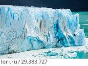 Купить «Glacier Perito Moreno, southeast of Argentina», фото № 29383727, снято 2 февраля 2017 г. (c) Яков Филимонов / Фотобанк Лори