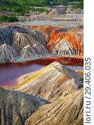 Купить «Nature disaster, lifeless land with polluted water», фото № 29406035, снято 18 августа 2018 г. (c) Дмитрий Кутлаев / Фотобанк Лори