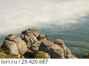 Купить «Rock formations of the Demerdji mountain, Crimea, Russia. Valley of Ghosts, landmark of Crimea», фото № 29420687, снято 13 июля 2020 г. (c) Владимир Пойлов / Фотобанк Лори