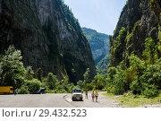 """Купить «Абхазия. Вид на горы """"Каменный мещок""""», эксклюзивное фото № 29432523, снято 5 июня 2018 г. (c) Игорь Низов / Фотобанк Лори"""