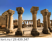 Купить «The ruins of the ancient medieval temple of Zvartnots in Armenia on the background of mount Ararat», фото № 29439347, снято 22 сентября 2018 г. (c) Наталья Волкова / Фотобанк Лори