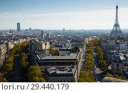 Купить «Aerial view of Paris with Eiffel Tower», фото № 29440179, снято 10 октября 2018 г. (c) Яков Филимонов / Фотобанк Лори