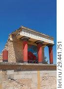 Купить «The Palace of Knossos in Crete, Heraklion, Greece», фото № 29441751, снято 5 июня 2017 г. (c) Наталья Волкова / Фотобанк Лори