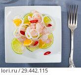 Купить «Ceviche with shrimps, lime, orange», фото № 29442115, снято 21 ноября 2019 г. (c) Яков Филимонов / Фотобанк Лори
