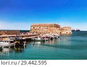 Купить «View of the Medieval sea fortress of Heraklion. Crete, Greece.», фото № 29442595, снято 5 июня 2017 г. (c) Наталья Волкова / Фотобанк Лори
