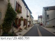 Купить «View of Bligny-sur-Ouche», фото № 29480791, снято 12 октября 2018 г. (c) Яков Филимонов / Фотобанк Лори