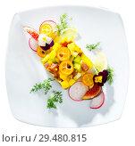 Купить «Top view of raw tuna tartare with mango and avocado», фото № 29480815, снято 19 декабря 2018 г. (c) Яков Филимонов / Фотобанк Лори