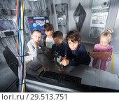 Купить «Children playing in bunker questroom», фото № 29513751, снято 21 октября 2017 г. (c) Яков Филимонов / Фотобанк Лори