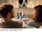 Купить «close up of couple drinking hot chocolate at home», фото № 29523771, снято 13 января 2018 г. (c) Syda Productions / Фотобанк Лори