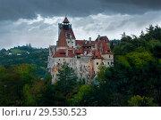 Купить «Bran Castle under thunderclouds», фото № 29530523, снято 18 сентября 2017 г. (c) Яков Филимонов / Фотобанк Лори