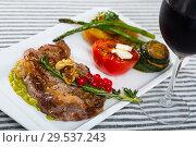 Купить «Veal with grilled vegetables», фото № 29537243, снято 27 июня 2018 г. (c) Яков Филимонов / Фотобанк Лори