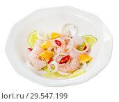 Купить «Ceviche with shrimps, lime, orange», фото № 29547199, снято 19 января 2019 г. (c) Яков Филимонов / Фотобанк Лори