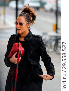 Купить «Caroline Flack heads to the gym wearing a Burberry raincoat and Ray-Ban aviator sunglasses and carrying a Gucci handbag Featuring: Caroline Flack Where...», фото № 29558527, снято 3 апреля 2018 г. (c) age Fotostock / Фотобанк Лори