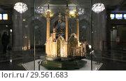 Купить «Макет мечети Кул-Шариф в зале мечети Кул Шариф в Казани», видеоролик № 29561683, снято 6 декабря 2018 г. (c) Яна Королёва / Фотобанк Лори