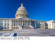 Купить «US Capitol at sunny day», фото № 29574715, снято 2 января 2018 г. (c) Sergey Borisov / Фотобанк Лори