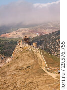 Купить «View of the old Genoas fortress Chembalo, Crimea, Russia», фото № 29576755, снято 19 марта 2019 г. (c) Владимир Пойлов / Фотобанк Лори