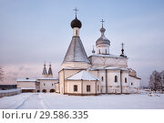Купить «Ferapontov Monastery in winter morning», фото № 29586335, снято 6 января 2016 г. (c) Юлия Бабкина / Фотобанк Лори