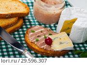 Купить «Pate on toasted bread with soft blue cheese», фото № 29596307, снято 25 мая 2019 г. (c) Яков Филимонов / Фотобанк Лори